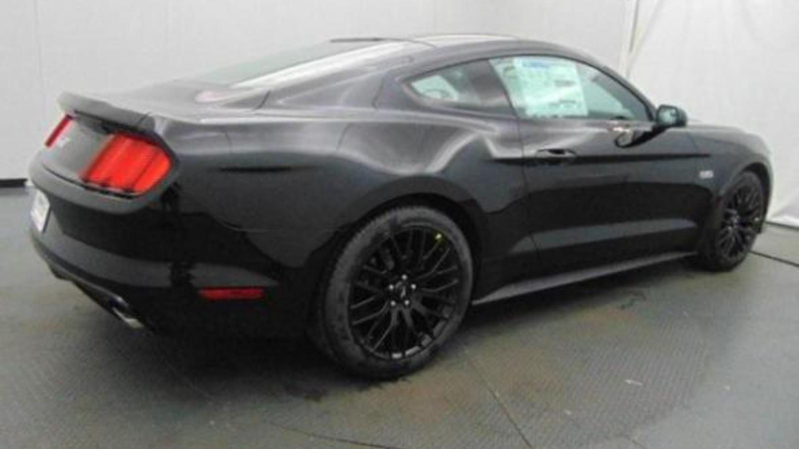 DIRECT IMPORTS FORD MUSTANG